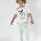 Økologisk T-shirt i hvid med print - Bumble & Bee